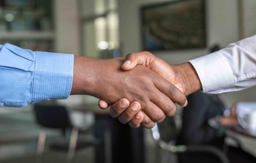 Handshake, Mering Global